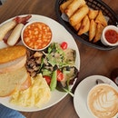 #tb t0 a hearty brunch 😜 #letoilecafe #alldaybreakfast #cafehopping #cafehoppingsg #cafesg #sgcafe #sgfood #sgfoodie #sgfoodies #sgeats #sgig #igsg #foodporn #foodstagram #whati8today #iweeklyfood #openricesg #welovecleo #burpple #eatbooksg #sgmakandiary #swweats #nomsterofficial 📷: #s7edge