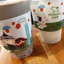 αzuκï šεšαmε mïレκ 😍 ✕ ƒrεšh †αr0 mïレκ new ♡ vs 0ld ♡ Fragrant sesame milk and generous amount of azuki.