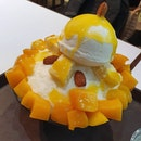 Mango bingsu, available 24hrs a day