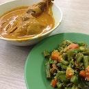 #lunch #noeatclean #curry #beans #chicken #prata #rotitelur