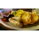 #breakfast #food #foodporn #sausage #coffee #bean #singapore #asia