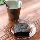 Sea salt chocolate brownie #food #foodporn #burpple #zomato #eatdrinkkl #cafehopmy #dessert #teabreak #chocolatebrownie