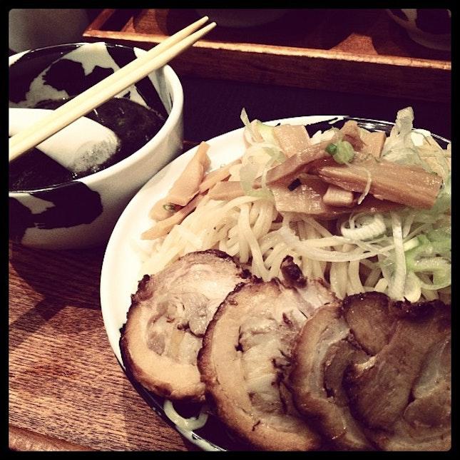 black tsukemen with 3x noodles.