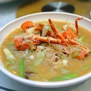 [Famous Treasure] - Braised Rice Vermicelli with Local Lobster and Leek in Superior Broth ($16/100g).