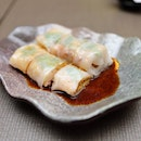 [Guan Dynasty] - Steamed Rice Roll with Crispy Shrimp ($6.50).