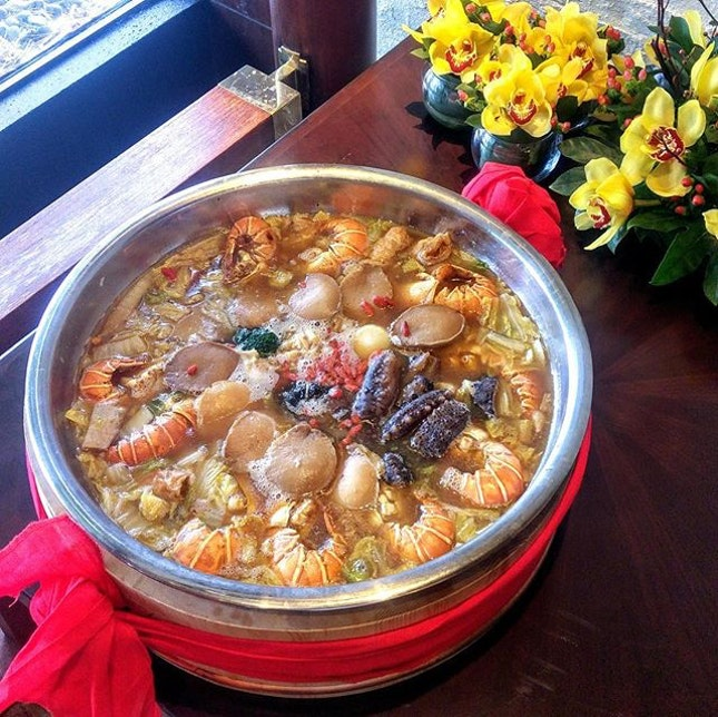[Cherry Garden] - Luxurious Pen Cai - the  traditional 'basin dish', loaded with premium ingredients such as braised four-head abalone, lobsters, scallops, sea cucumbers, prawns, roasted duck, lotus chicken, roasted pork belly and more.