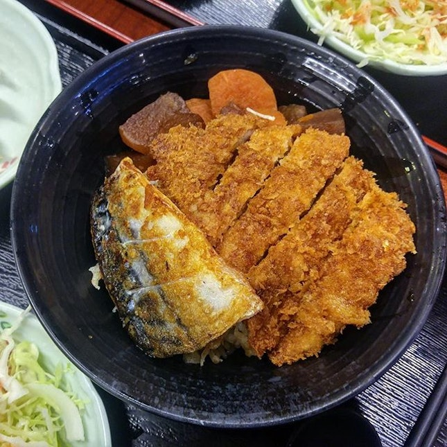 [Gyoza-Ya] - For Donburi Set Meals here, each donburi comes with 2 types of meat, a radish stew, 3 original gyozas, a soup and a free flow Japanese salad which is shredded cabbage with plum sauce.