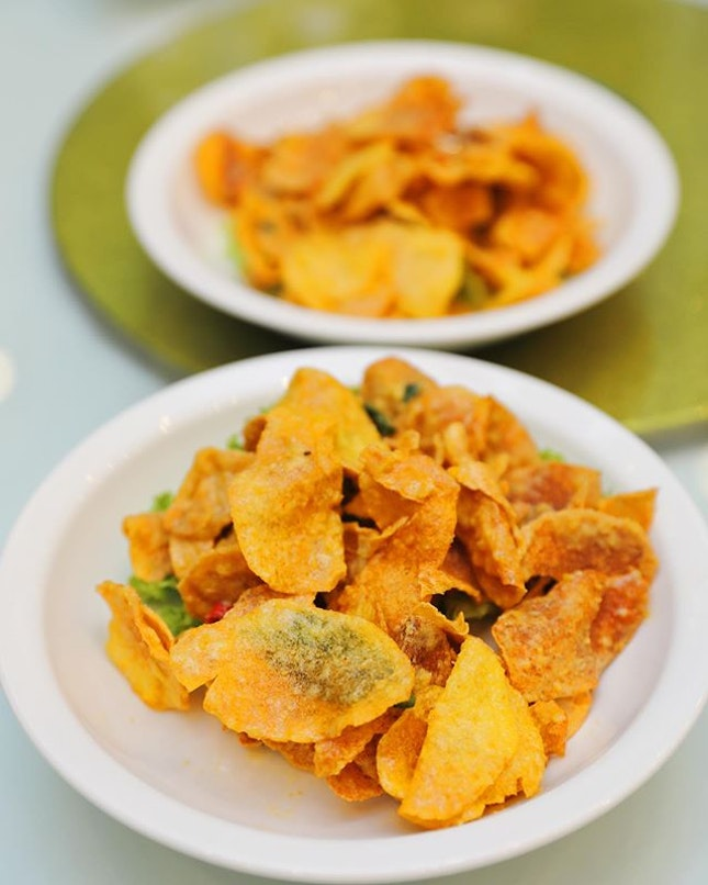 [Diamond Kitchen] - Crispy Fried Potato Slices with Salted Egg Yolk ($12).