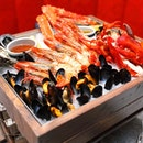 [Burger & Lobster] - Great for sharing is the Fresh Seafood Platter (Medium $240++).
