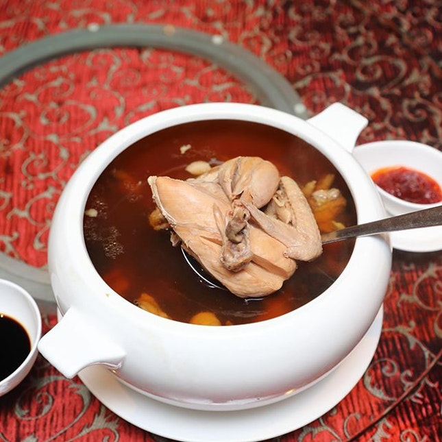 [Yan Restaurant] - The Double-boiled Peru Maca Soup with Dried Seafood ($90/$180) is a nourishing soup.