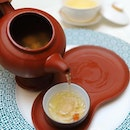[Crystal Jade Jiang Nan] - Double-boiled Abalone with Conpoy, Sea Cucumber and Fish Maw Soup served in a teapot ($24.80 per pax).