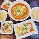 Kampong Curry Hor Fun x Ipoh Chicken Rice.