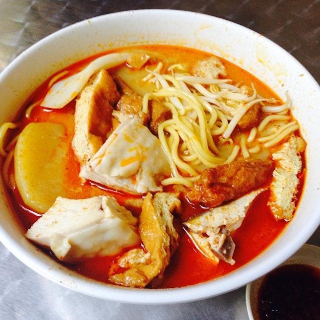 Curry noodles #hawker #foodporn #foodie