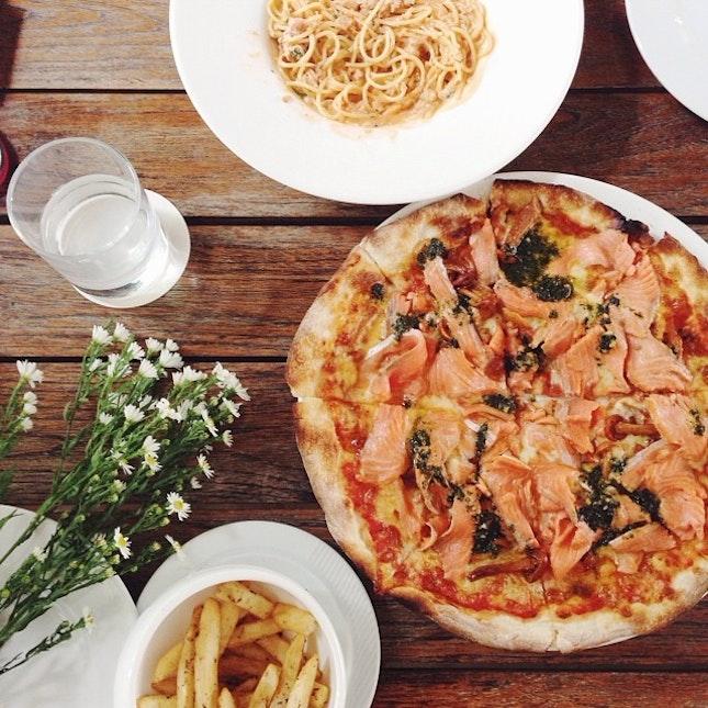 Crabmeat with vodka cream sauce, salmon with pesto red pizza.
