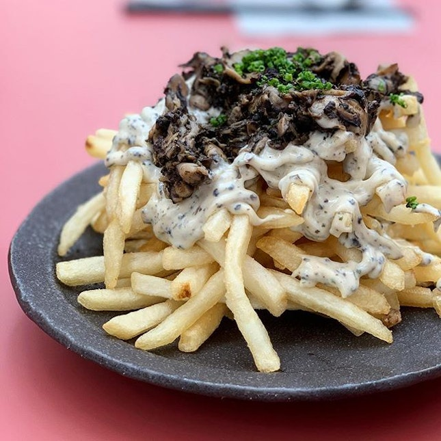 not your kind of truffle fries 🍟