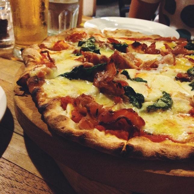 Bacon & Egg Pizza