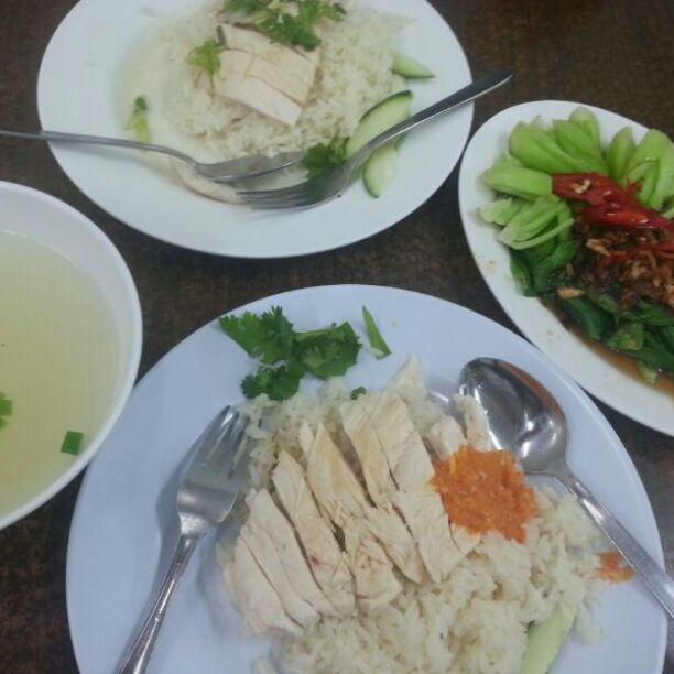 My Fave Yummy Chicken Rice