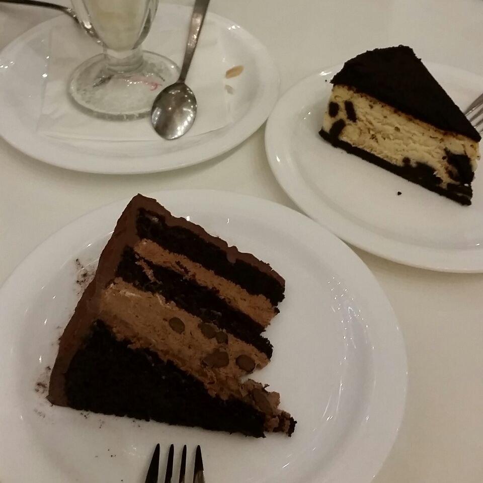 premium choc cakes