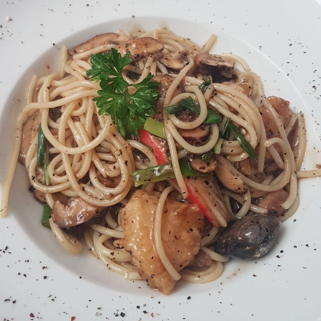 Black Pepper Seafood Pasta