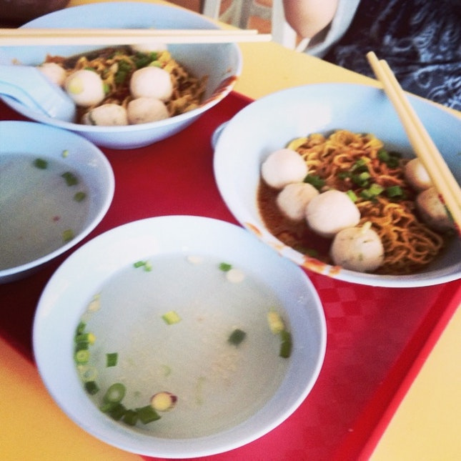 Raw and Gritty Hawker Fare