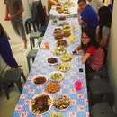 This is how we feed nearly thirty people at a go at my #family #gathering #dinner !