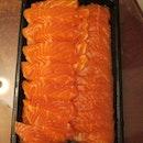 $18 for 500g salmon sashimi, super fresh and cheap!