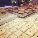 Baklava at South Melbourne Market with Mum.
