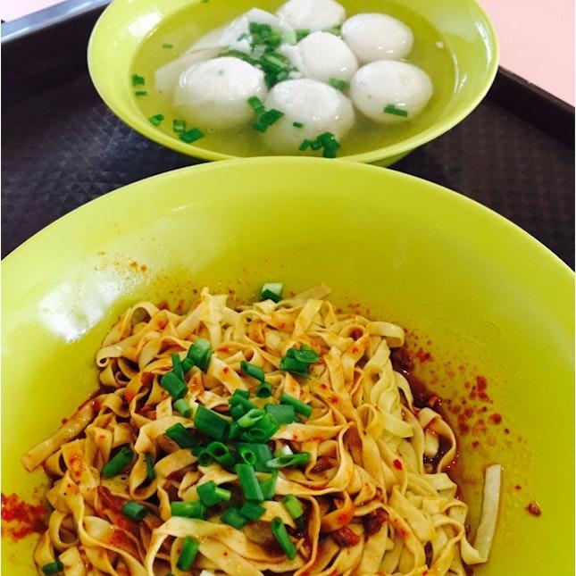 Fish Balls & Meatballs Noodles