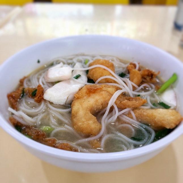 Double Fish Noodles Soup ($5)