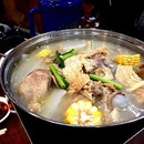 I MUST go back for this.🌽 #hotpot #hkstyle #ilovesoup