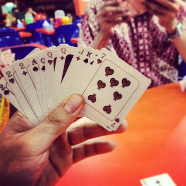 #capsa #card #play #fun #everywhere #anywhere #anyplace #sabindo #late #night #hangout #gettingfat #dinner #slackers