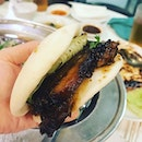 Westlake Braised Pork Pau, 西湖小吃招牌經典扣肉包 (5 for $15, 10 for $28).