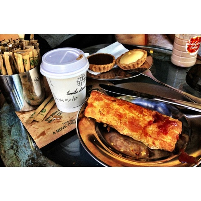 pork & fennel sausage roll and tarts for brunch!