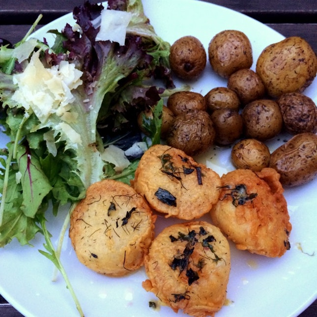 Orange Buttered Scallops with Roasted Baby Potatoes